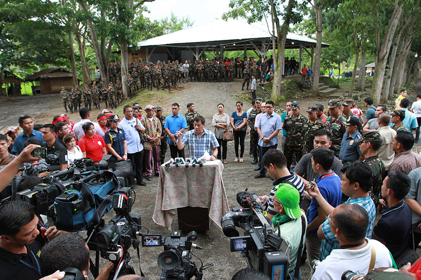 Pres. Duterte gives NDF 24-hour ultimatum to reciprocate ceasefire