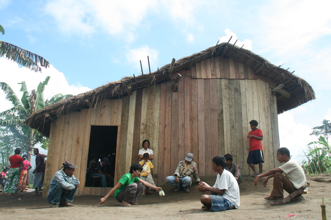Lumads gather for brief meeting with OND-Hessed staff. (2008 Photo)