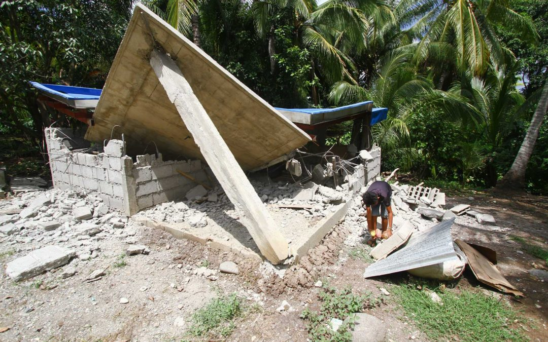 In Pictures: Earthquake aftermath