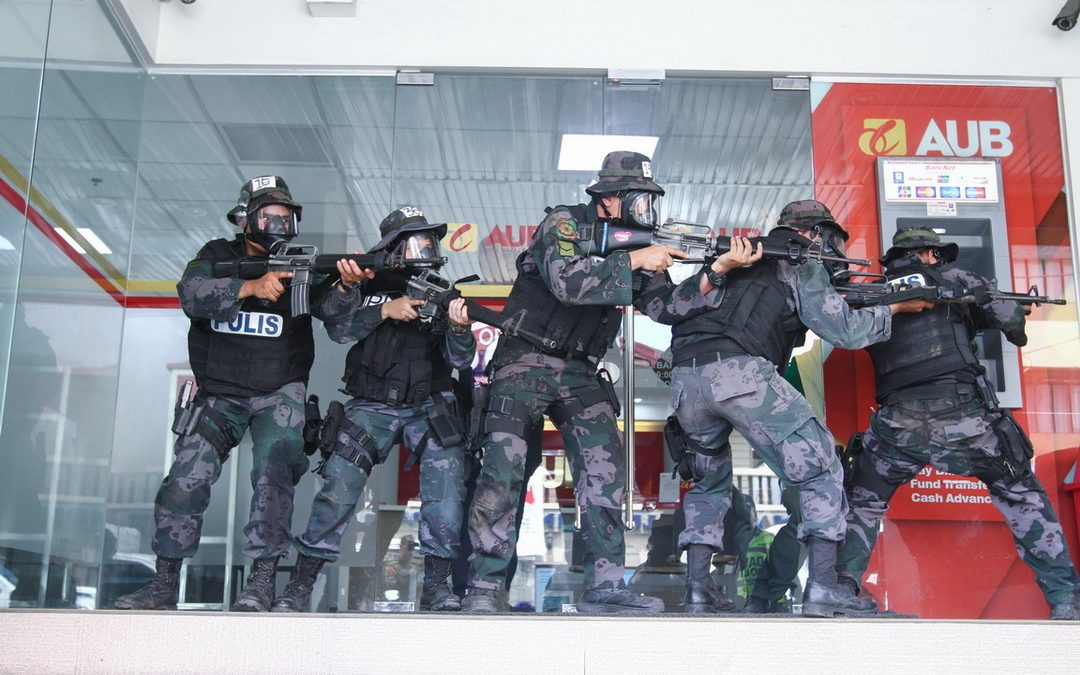 IN PICTURES: Davao City Police Office SWAT Training
