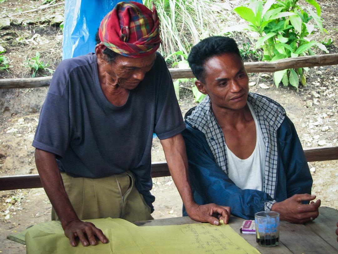 Datu Victor Danyan with father Datu Lugata during the Ancestral Domain Sustainable Development and Protection Plan (ADSDPP) planning in Sitio Datal Bonlangon. His father was said to be in his late 80s when this photo taken in 2006.